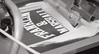 Produzione abbigliamento sportivo - stamperia